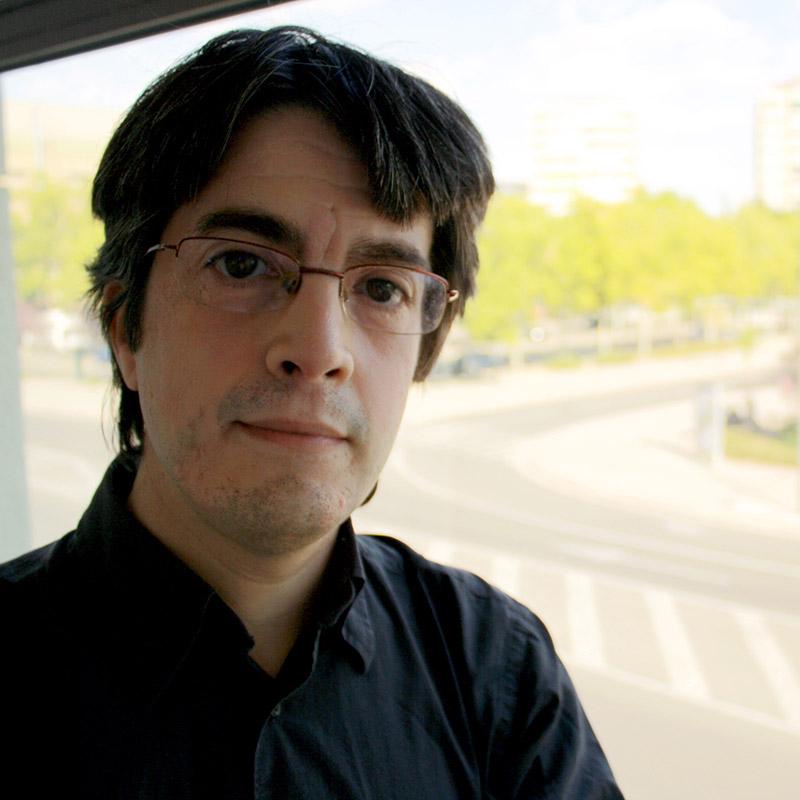 Emilio Márquez - Moderador